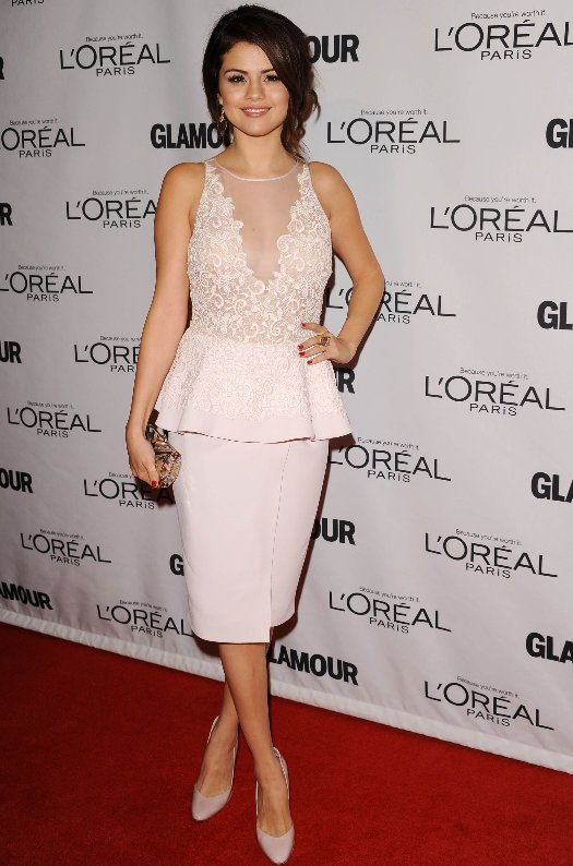 selena-gomez-giambattista-valli-dress