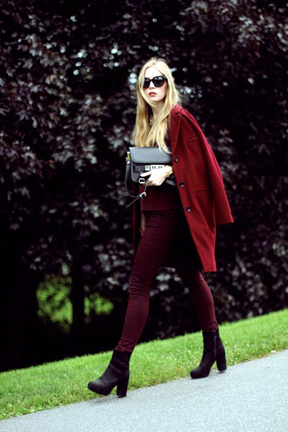 look-total-burgundy