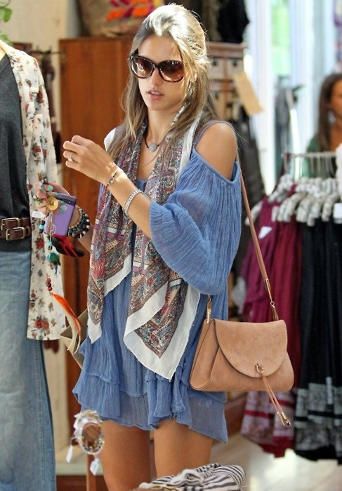 sienna-miller-in-boho-chic-style
